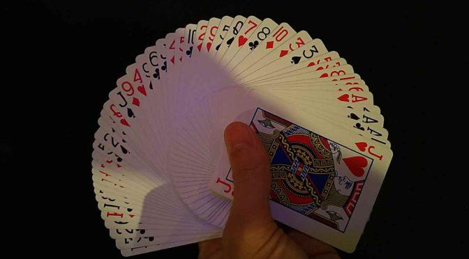 カードマニピュレーション専用の加工用ロウ。